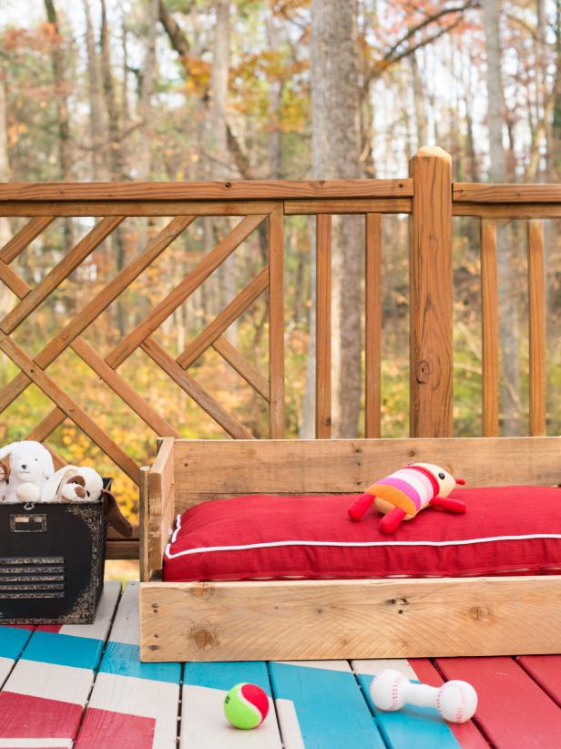 http://www.hgtv.com/design/make-and-celebrate/handmade/how-to-make-a-wood-pallet-dog-bed