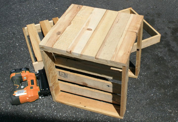 flower-boxes-pallets-sideview-diy-build