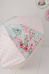 http://www.tigerlilypatterns.com/2015/07/21/how-to-make-a-parasol/